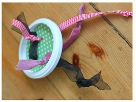 baby+threading+ribbon+toy (2)